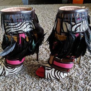 *Rare! Brian Atwood heels